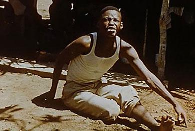 un jeune individu noir en transe.