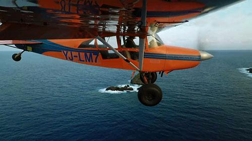 prise de vue par une action-cam accroché sous une aile d'avion.